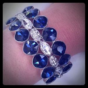Saphire and diamond fashion bracelet